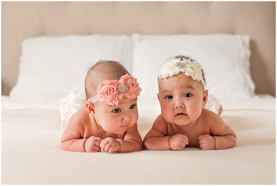 Twin baby girls in the studio by just maggie photography los angeles maternity and newborn