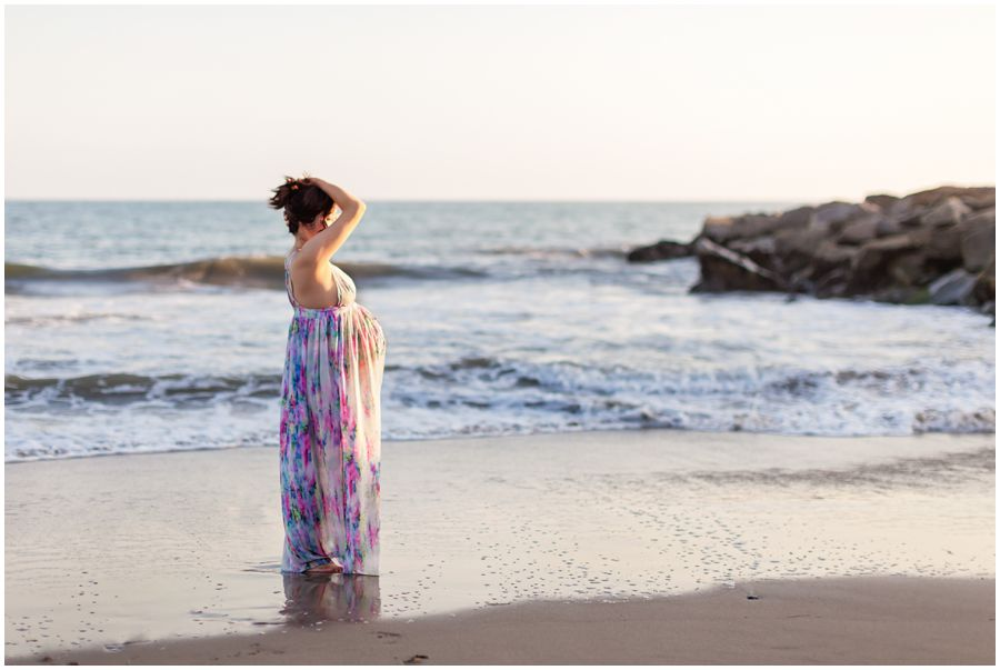 Stunning Beach Maternity Portrait by Just Maggie Photography - Los Angeles Maternity Photographer